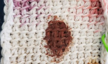 Yarn Comparison – staining